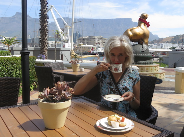 Luxury travel blogger at The Table Bay Hotel Cape Town South Africa
