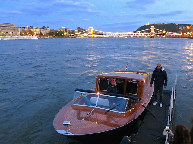 Things to do in Budapest, luxury private river cruise Dunarama