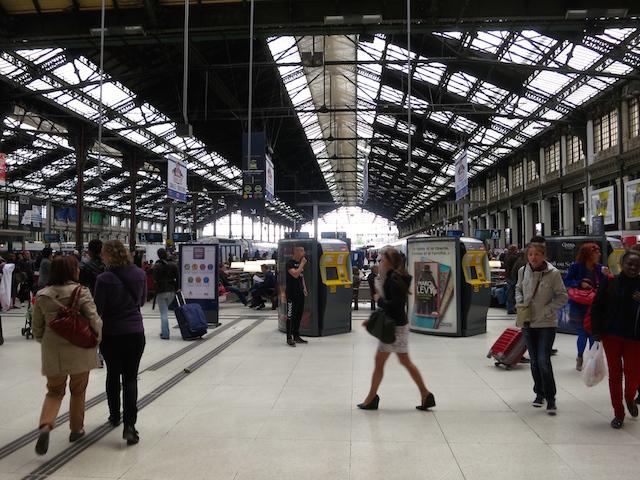 Paris to Barcelona train high speed Gare de Lyon