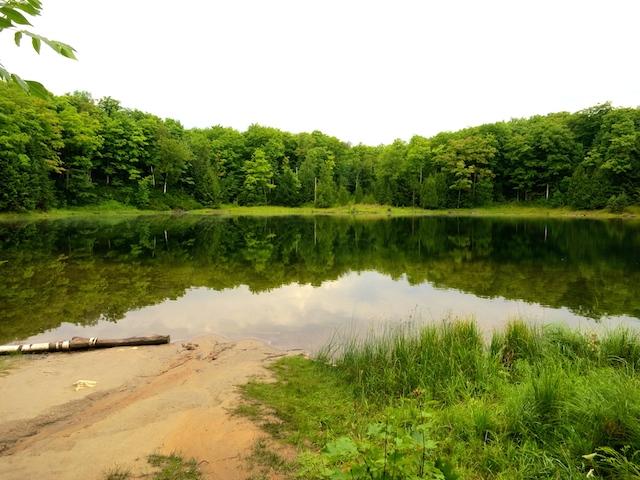 McCarston's Lake, Hike the Bruce Trail