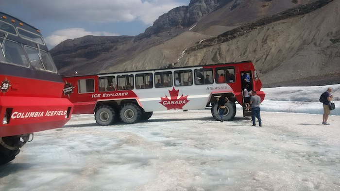 Icefields Parkway Tour, Columbia icefields