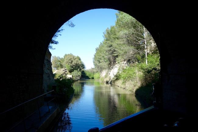 Canal du Midi cruise, tunnel