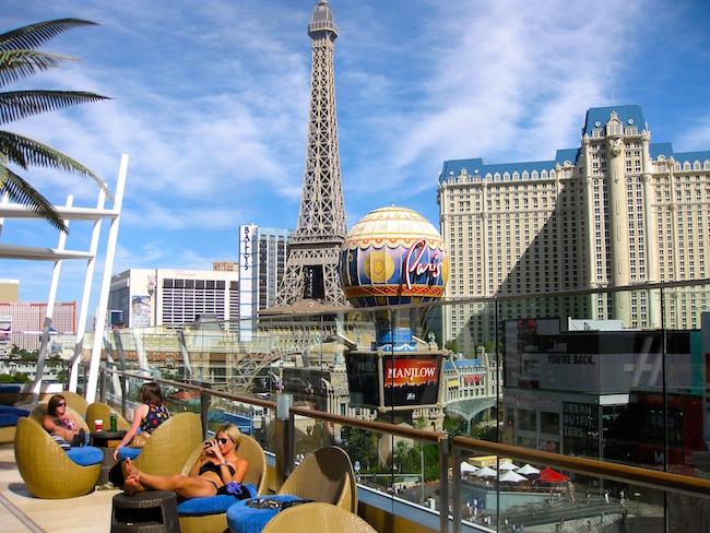 Girls weekend getaway Cosmopolitan Las Vegas