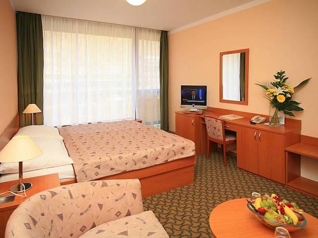 karlovy-vary-spa-hotel-thermal-room