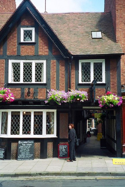 golden-cross-inn-haunted-place-shrewsbury-england