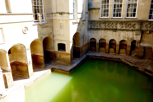 Spa like Jane Austen in Bath, King's Bath England
