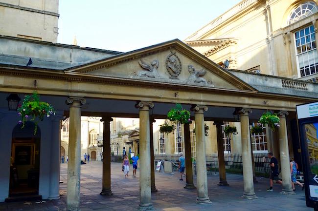 Roman Baths, entrance through Abbey Courtyard