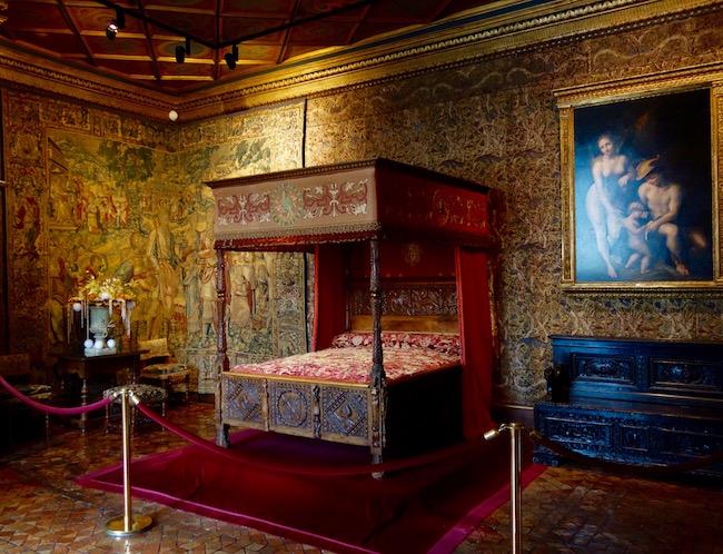 Chateau de Chenonceau Catherine de Medici bedroom
