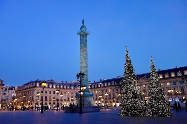 Best time to go to France, Place Vendome Paris in December