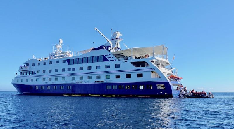 Galapagos cruise review Santa Cruz II ship