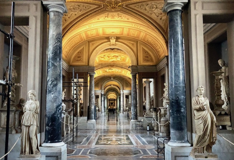 Best way to see the Vatican, linger in the halls