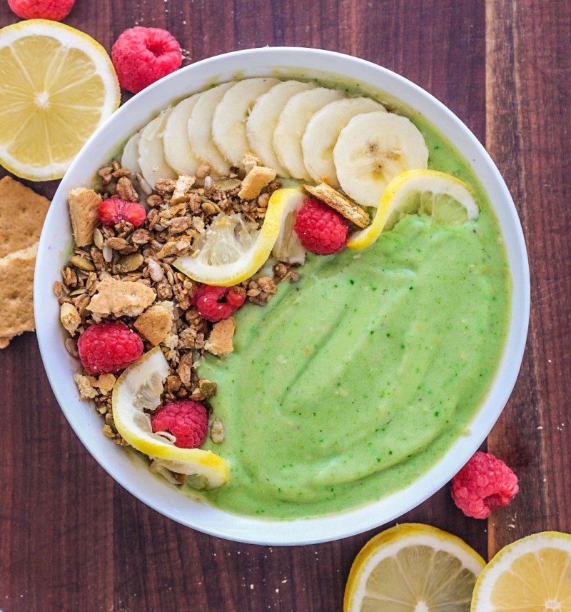 Vegan Key lime pie smoothie bowl recipe easy healthy