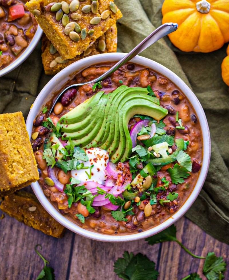 30 minute vegan three bean chili recipe