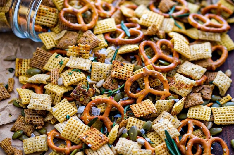 Rosemary Olive Oil Chex Mix