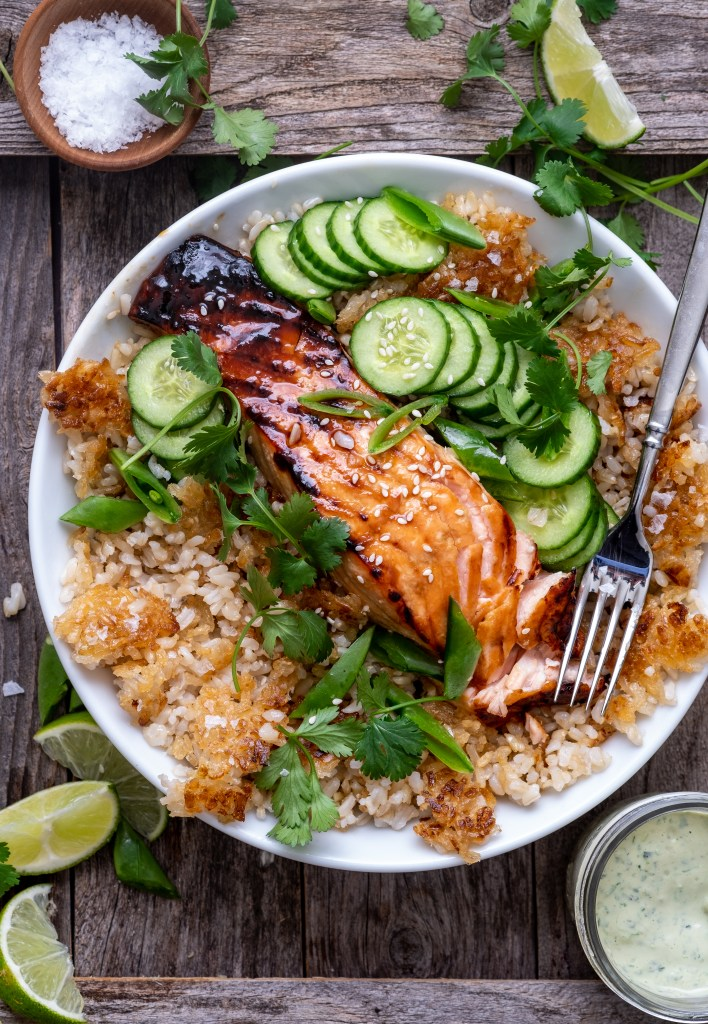brown rice bowls with salmon