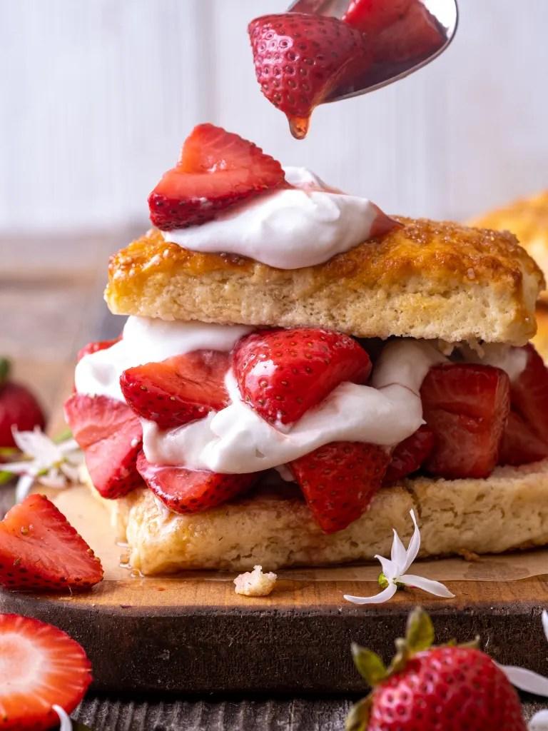 vanilla roasted strawberry shortcake