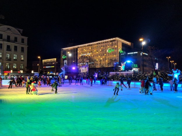 Things to do in Munich in the Winter. Ice Skating in Munich Stachus