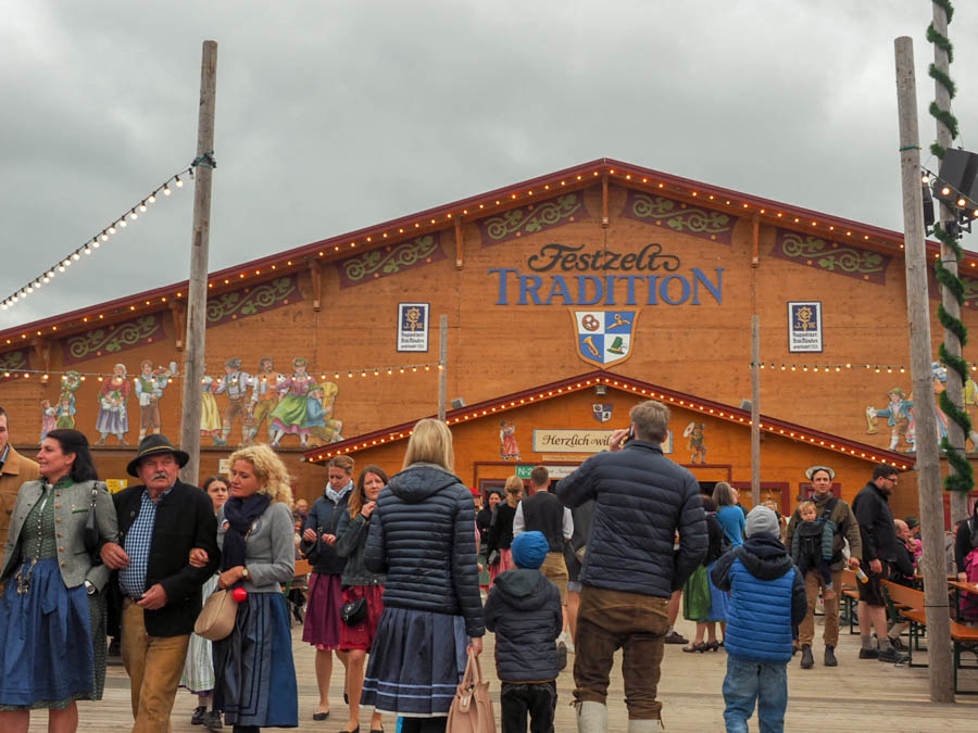 Oide Wiesn Oktoberfest introvert guide