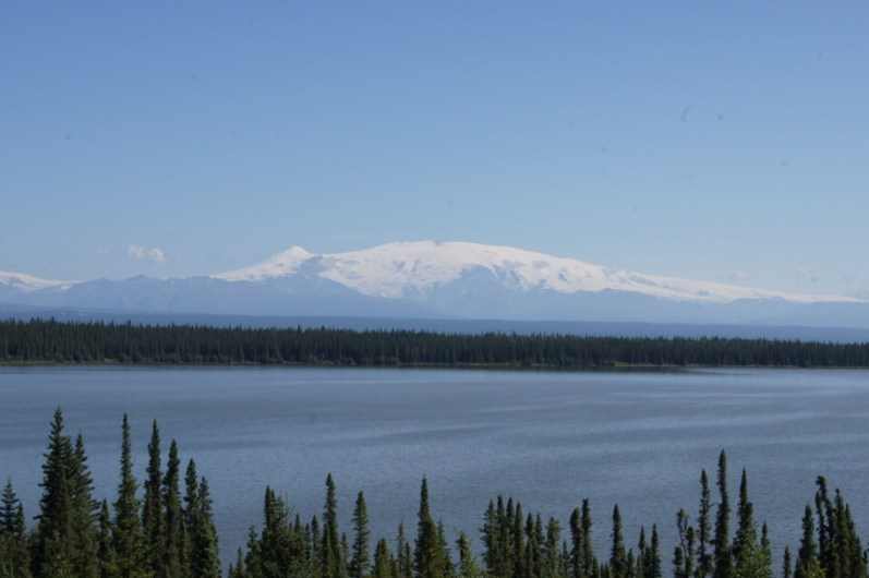 We had lunch at Willow Lake with a view of Mount Wrangell