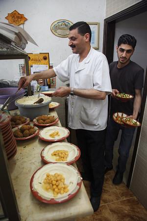 Lunch preparation at Abu Ahmad