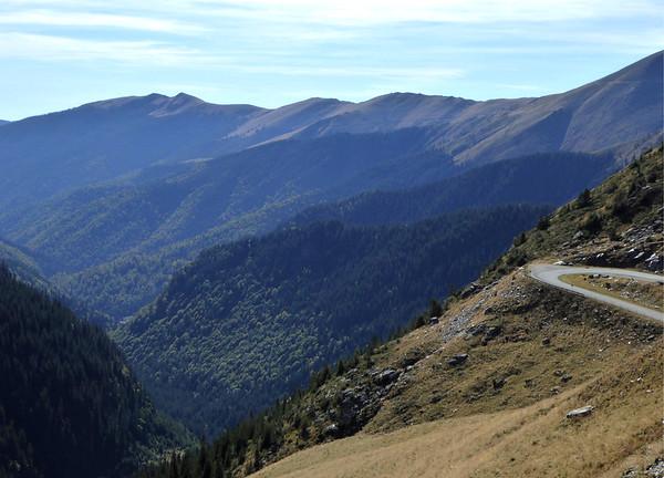 Transfagarasan view facing south