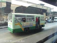 20100919.busy-cairo-bus