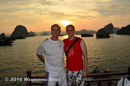 20110925_dad-and-i-in-halong-bay