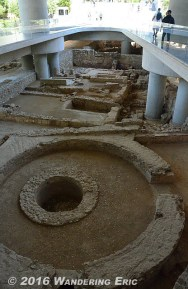 20140419_entry-to-the-new-acropolis-museum