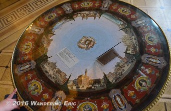 20140514_cool-table-with-paintings-of-italy