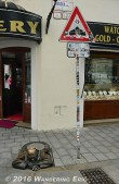 20140527_funny-statue-in-the-old-town