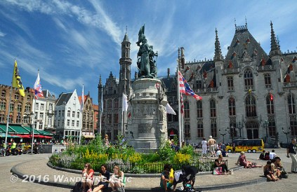 20140613_grand-place-in-bruges