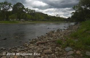 20140920_nice-river-through-gaulaceo