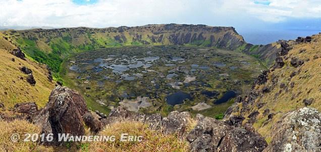 20141103_panorama-of-the-orongo-caldera