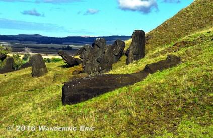 20141106_lots-of-moai