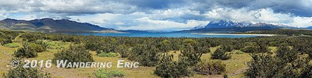 20141122_panoramic-of-the-mountains-and-lake-sarmiento