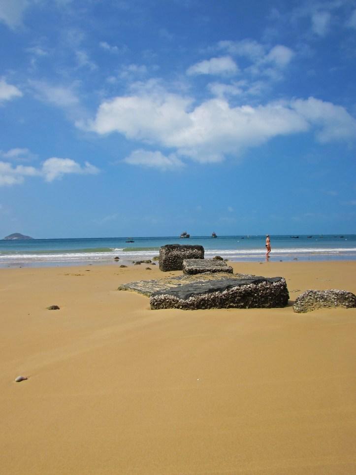 Con son island beach
