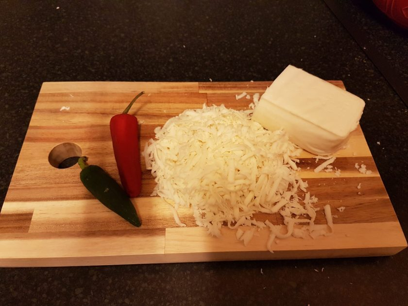 Mozzarella and chilli for a pupusa filling