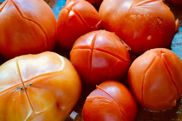 how to freeze tomatoes, blanched tomatoes