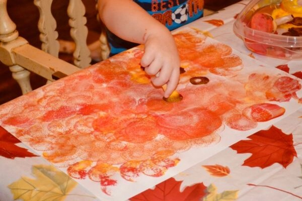 Fall Leaves, an easy toddler sponge painting craft perfect for framing and giving as thanksgiving gifts.