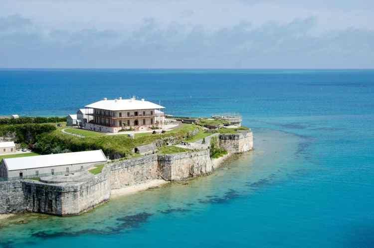 Bahamas vs Bermuda