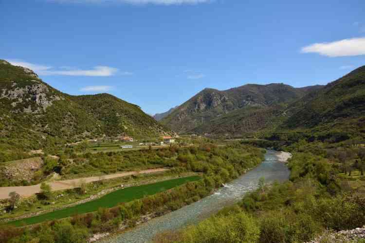 camping in Albania
