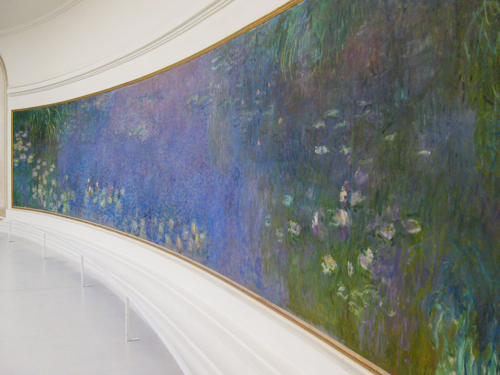 Comprehensive Guide to Paris:  Monet's water lilly paintings in the Orangerie Museume