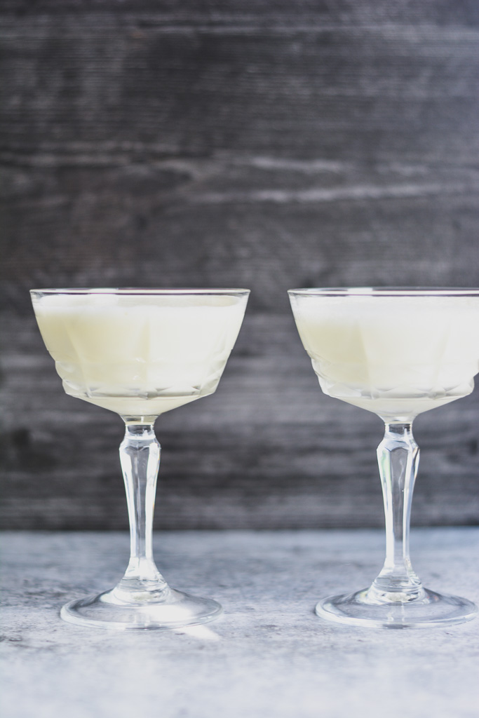 Gin Fizz made with Aquafaba versus Gin Fizz made with Egg White