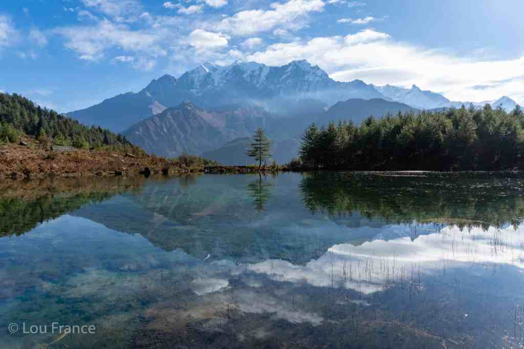 Sekong lake on the Dhaulagiri trek