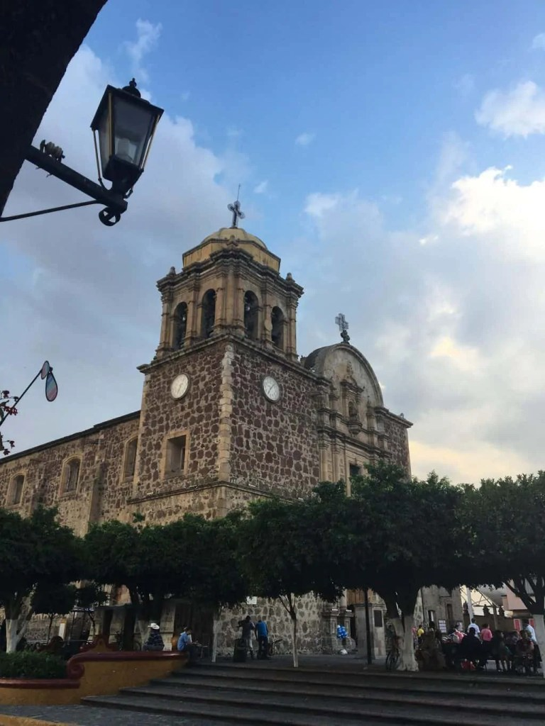 Visiting the main square is one of the things to do on a Tequila visit
