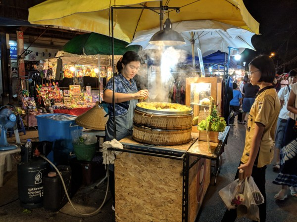 Things to do in Chiang Mai: Night Market by Wandering Wheatleys