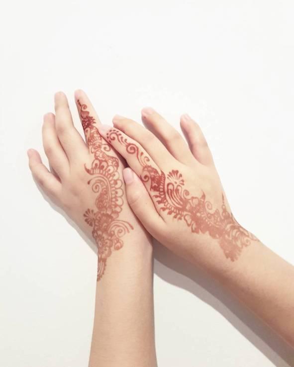 Henna after peeling process