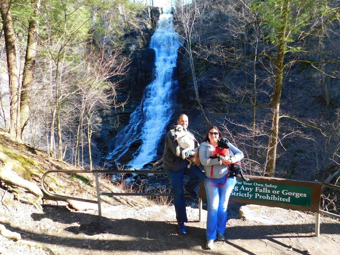 Family at Pratts Falls