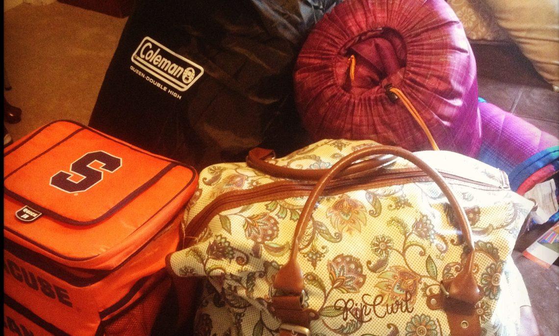 Traveler Holiday Wishlist 2017 - Wanderlust on a Budget