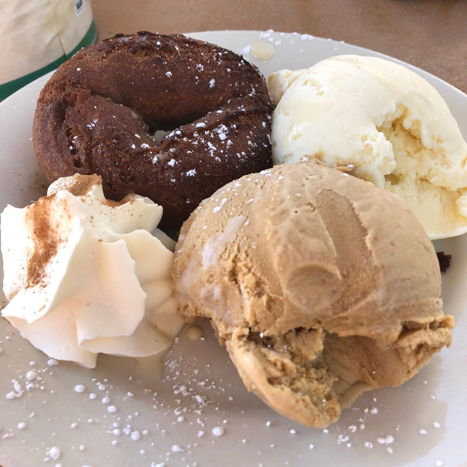 Doughnut Sundae at Flatbread - Salem